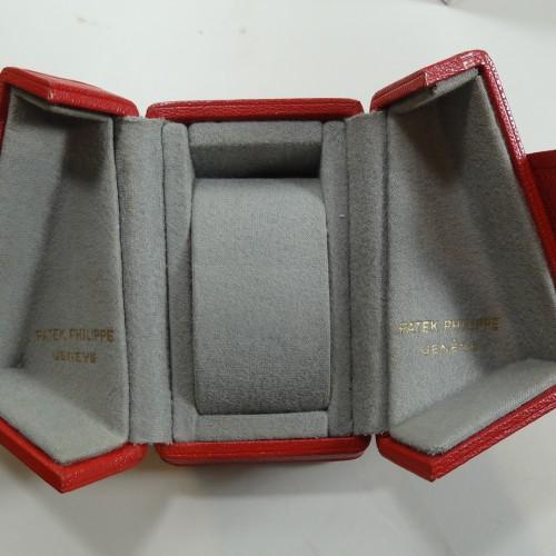 Patek butterfly box